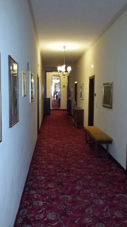 Grand Hotel Trieste & Victoria: corridoio parte antica