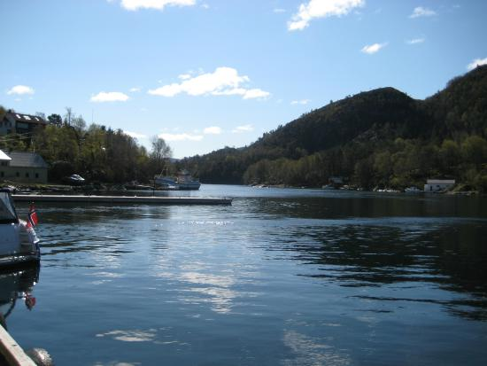 Gulen Municipality, Norwegia: Aussicht von der Marina