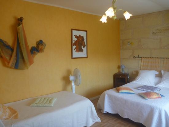 Bed & Breakfast Cabadentra Saint-Emilion: Chambre MERLOT