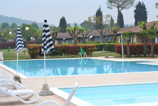 Le Corti del Lago : piscine