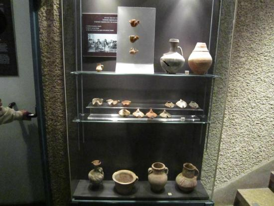 Herodian Quarter/Wohl Archaeological Museum : Pottery