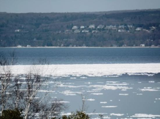 AmericInn by Wyndham Petoskey: View from our room...Ice on Bay in May!