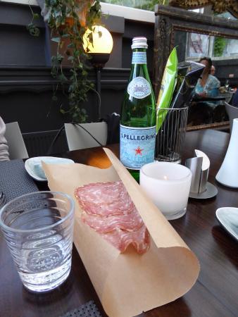 Pasta e Fagioli : Welkom net Salame en grissini