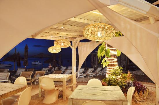 Residence Les Villas Oasis: Our restaurant at our private beach club