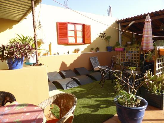 Un angle de la terrasse abritee - Picture of Demeure Criola ...
