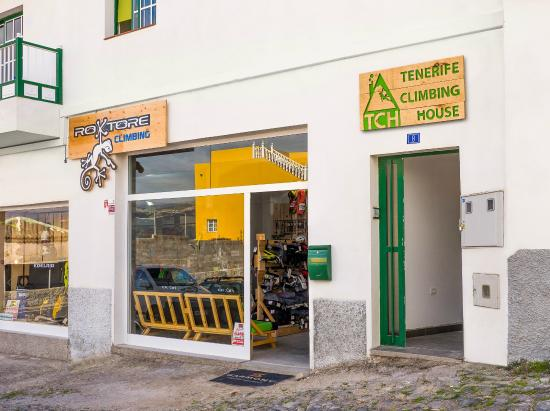 Tenerife Climbing House: The hostel and the shop