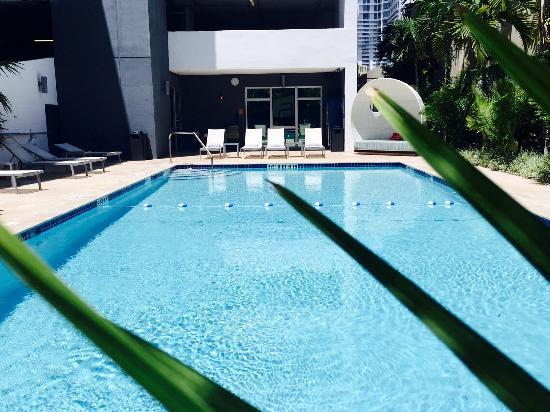 Aloft Miami Brickell: pool