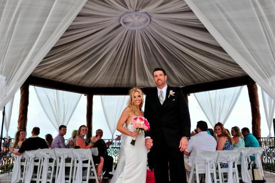The Royal Playa Del Carmen Wedding Under Gazebo