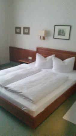 Krone Hotel: lits jumeaux