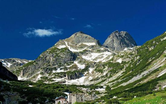 Rila, Bulgaria: Shuttle from Sofia to Malyovitsa