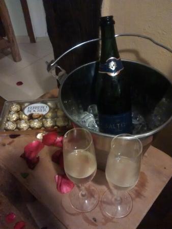 Pousada Villa Luna: Decoração romântica 2