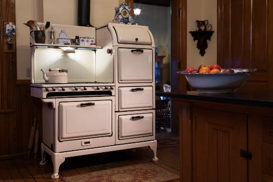 Delavan, WI: Antique stove used to make for breakfasts