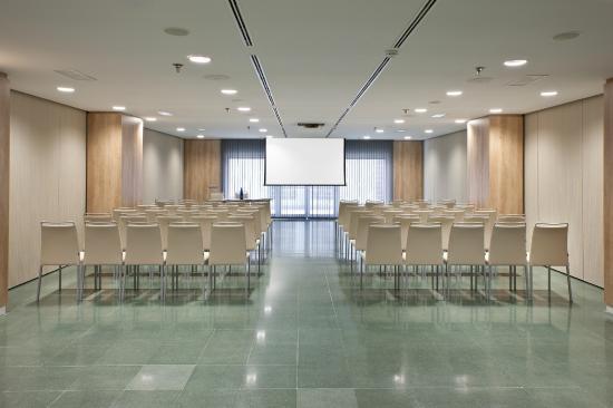 NH Madrid Ventas: Meeting room