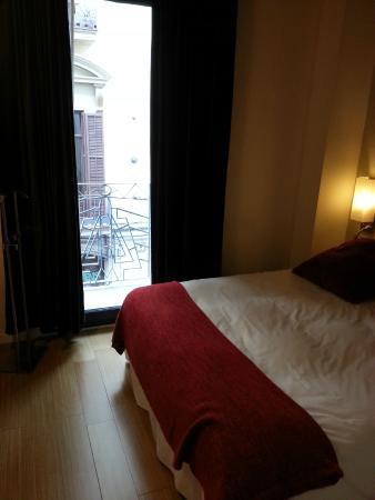 Chambre avec salle de bains - Bild von La Rambla dels Caputxins ...