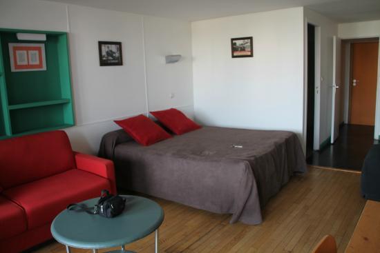 Hotel le Corbusier: Vue de la chambre