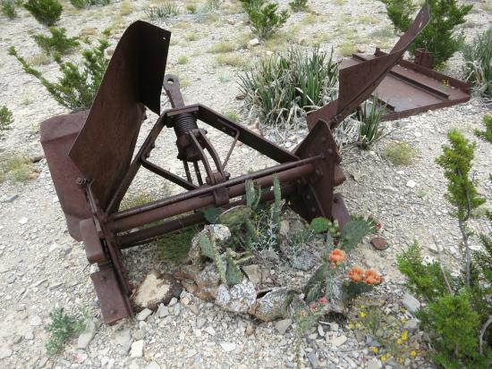 Alpine, TX: Mining equipment