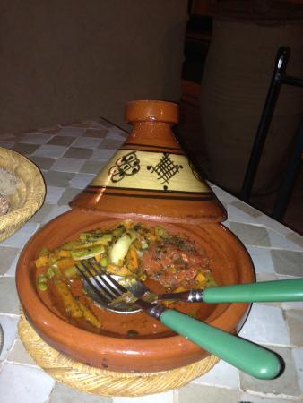 Ryad Dar El Hana: Dinner at night in the ryad - amazing