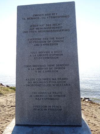 Granite Sculpture Dialog-Talerstolen: Ytringsfriheden