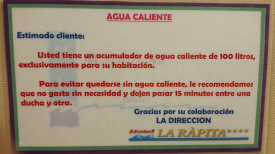 Hotel la Rapita: nota en el baño