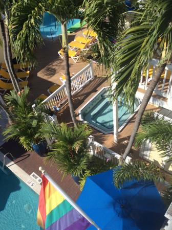 Equator Resort: photo1.jpg