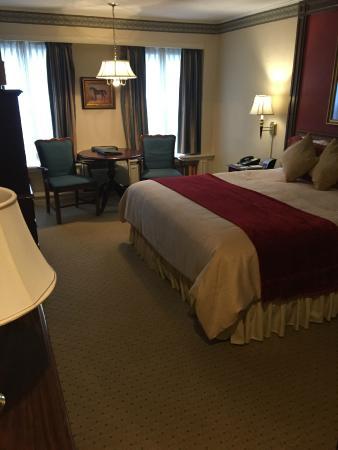 The Olde Mill Inn: room