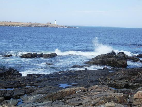 Biddeford Pool, ME : View on the walk