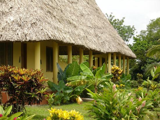 Casa del Caballo Blanco: Cabanas
