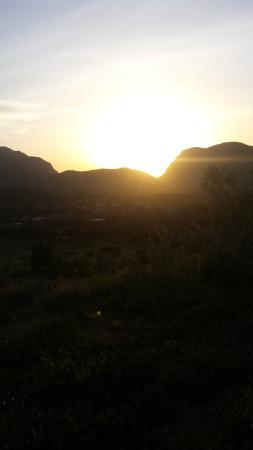 Kasba Oum Hani D'OUZOUD : vu couché du soleil en face de kasba oumhani