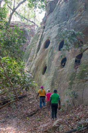 Nigeria: Amazing caves!
