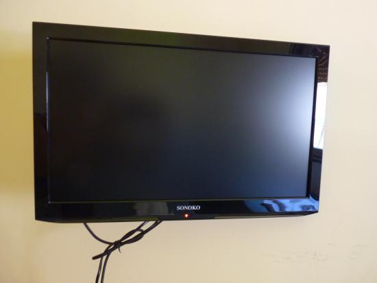 Porta Tv Camera.Tv A Schermo Piatto Con Porta Usb In Ogni Camera Picture
