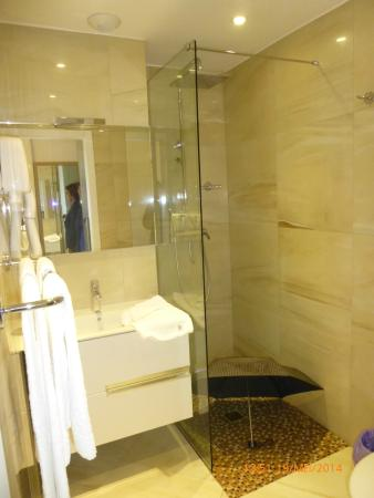 Hotel Mare e Monti : Mooie badkamer