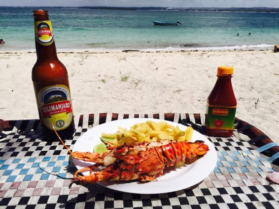 Dar es Salaam, Tanzania: Simple but tasty grill lobster!