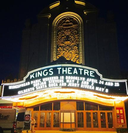 ‪Kings Theatre‬