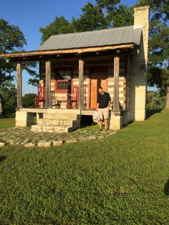 New Ulm, TX: Cabin at the hill