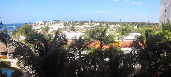 Golden Sands Villas: Room view