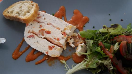 Restaurant du Port : terrine chèvre saumon
