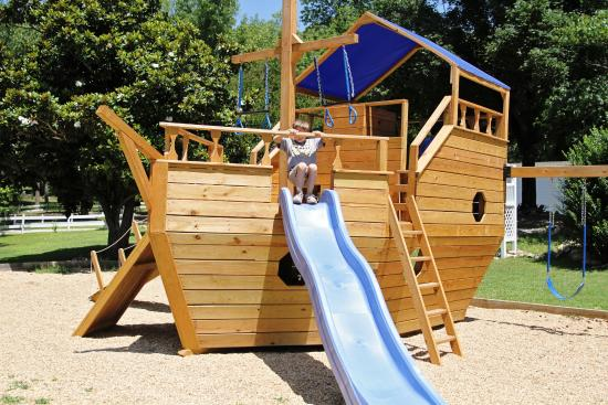 Blue Lady Resort: Boat Set pLAYGROUND