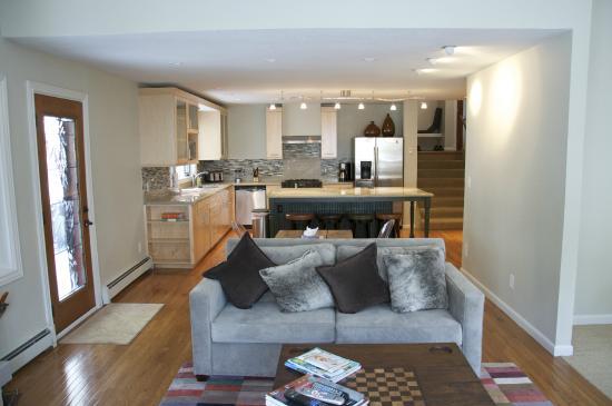 Gore Creek Properties: 3017 Bassingdale