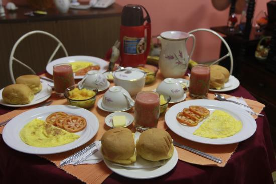 Con mi esposa en la casa de polo monta es en cuba picture of casa ignacio manrique 255 - Desayunos en casa ...