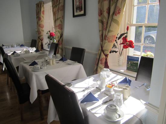 Waterloo Lodge: Sala colazione, piccola ma intima.