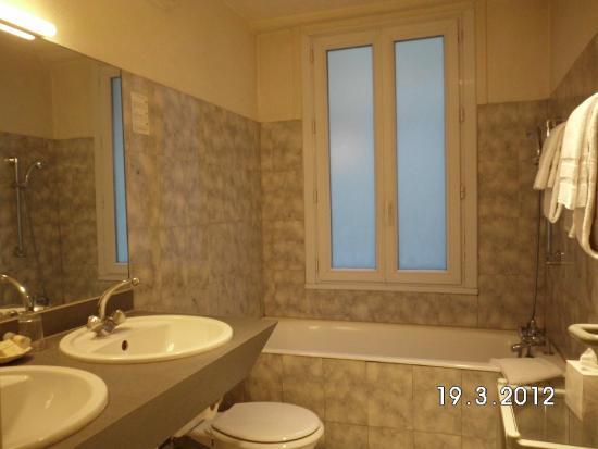 Residence du Pre: Badezimmer