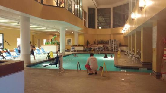 Falls Church Marriott Fairview Park Pool