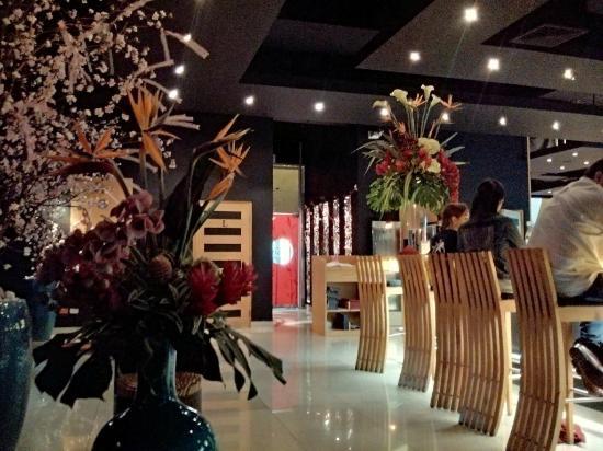 Zk Nikkei Cuisine: Muy buena decoracion y ambiente