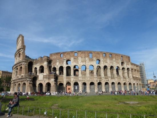 Hotels Near Colosseum And Vatican Tours By Italy Wonders Rome
