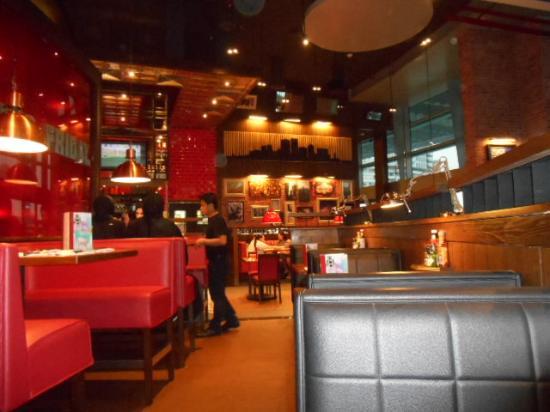 tgi friday dubai mall dubai picture of tgi friday s dubai