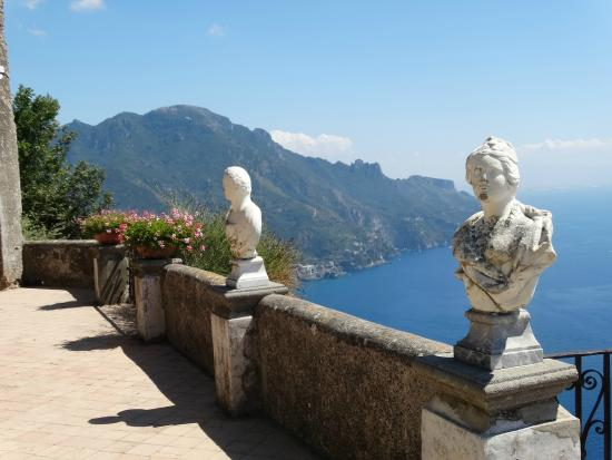 Villa Cimbrone Gardens: La Terraza del Infinito