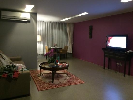 Bhukitta Hotel & Spa: Living room