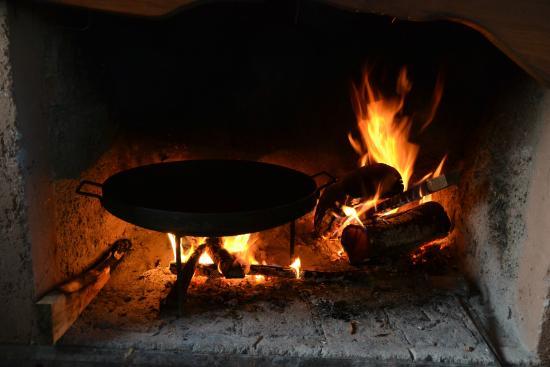 Estancia La Alejandra: Cocinando al disco.