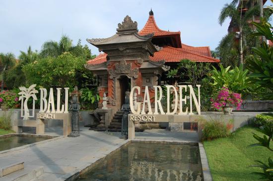 Bali Garden Beach Resort Entrance To