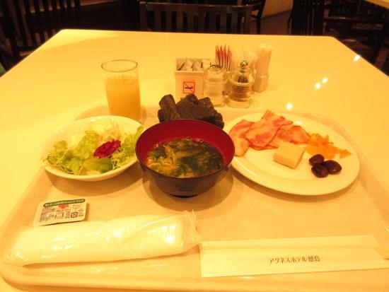 Agnes Hotel Plus: ホテルでの朝食です。